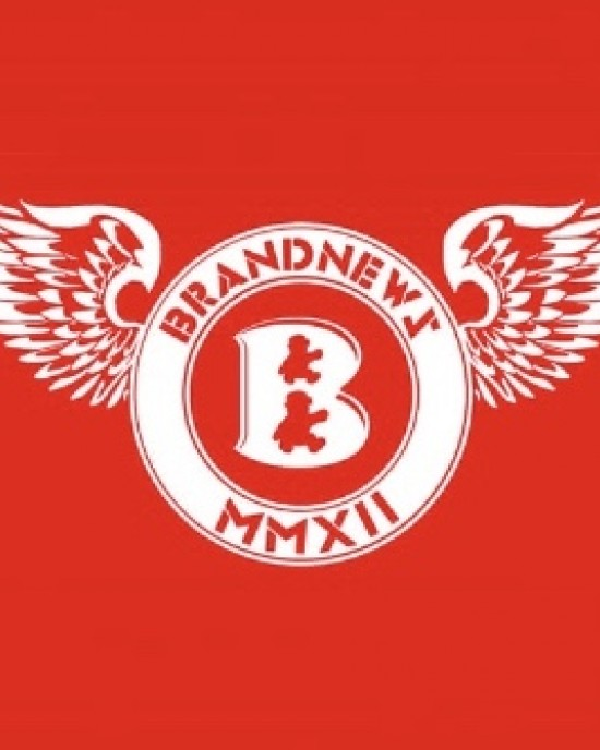 """""""BrandNewZ Wings"""" Women's Tee"""